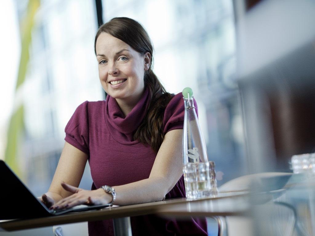 Kommunicera med kollegor i andra organisationer på forumet