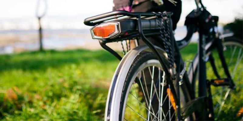 Elcykelpremie och bonus malus – nytt i vår uppdaterade resepolicy.