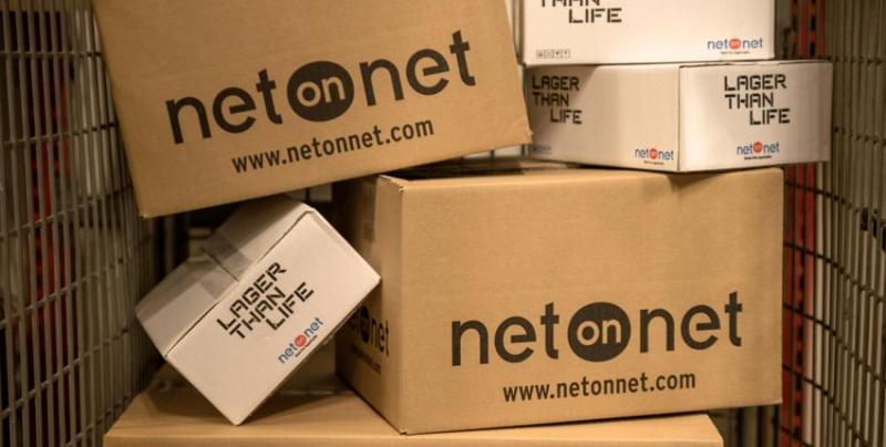 Lådor från NetOnNet: Snart på väg till småföretagare över hela Sverige.