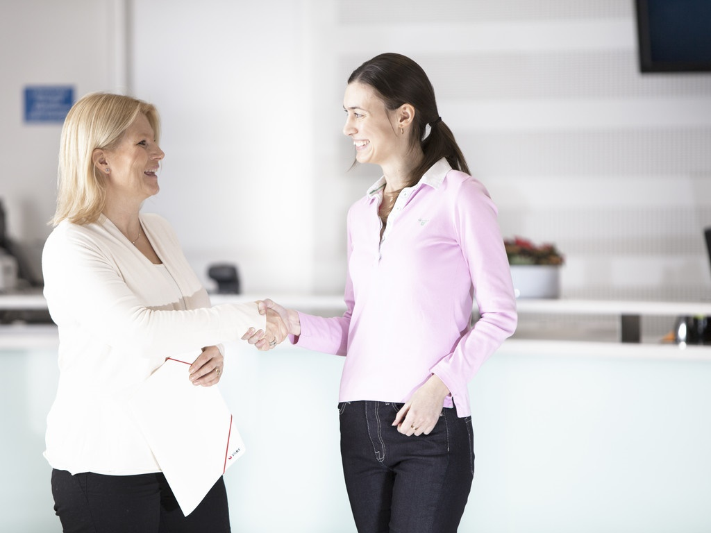 En bra introduktion får nya medarbetare att trivas på jobbet