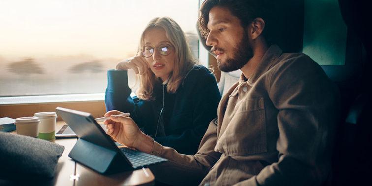 Smart resande ger möjlighet till arbete, en annan sak som en resepolicy kan främja.