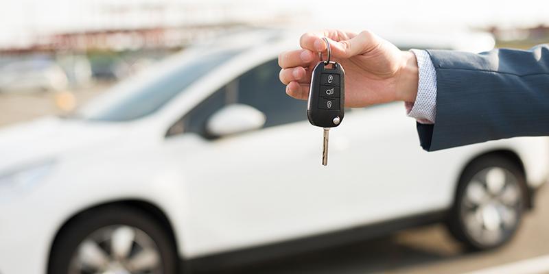 Tydliga riktlinjer för tjänstebilar innan nycklarna lämna ut till anställda