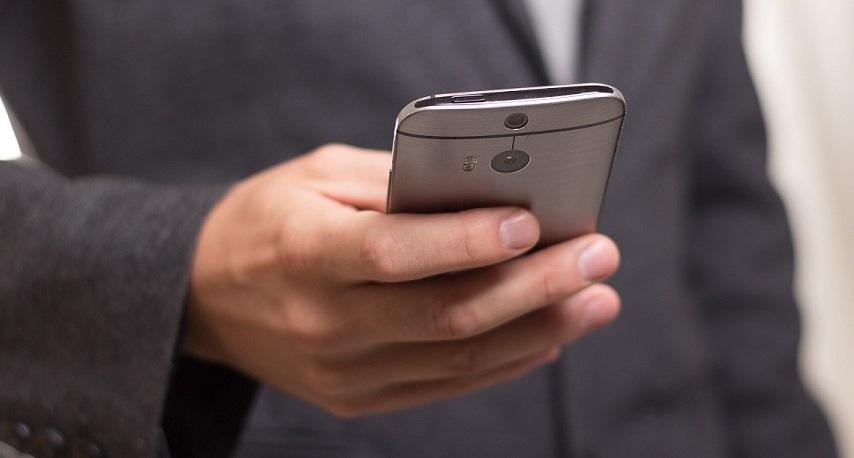 Nu kan du enkelt registrera utlägg och scanna kvitton med mobilen till Personec P